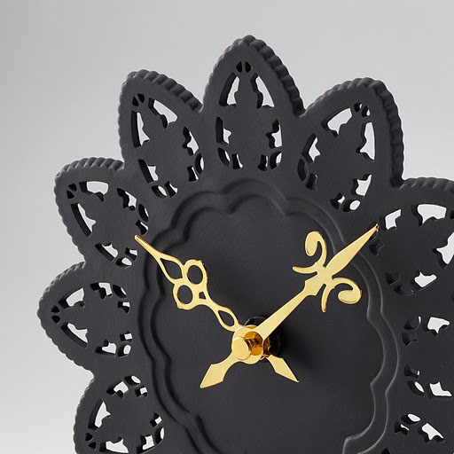 The Cake Wall Clock - Traditional Japanese Elegance