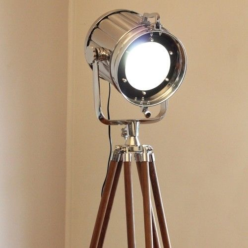 The Old Style Nautical Marine Lamps are a Popular Decor Accessory Now