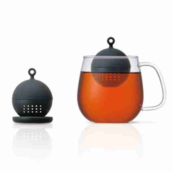 Floating Ball Tea Strainer in Black by Kinto Japan