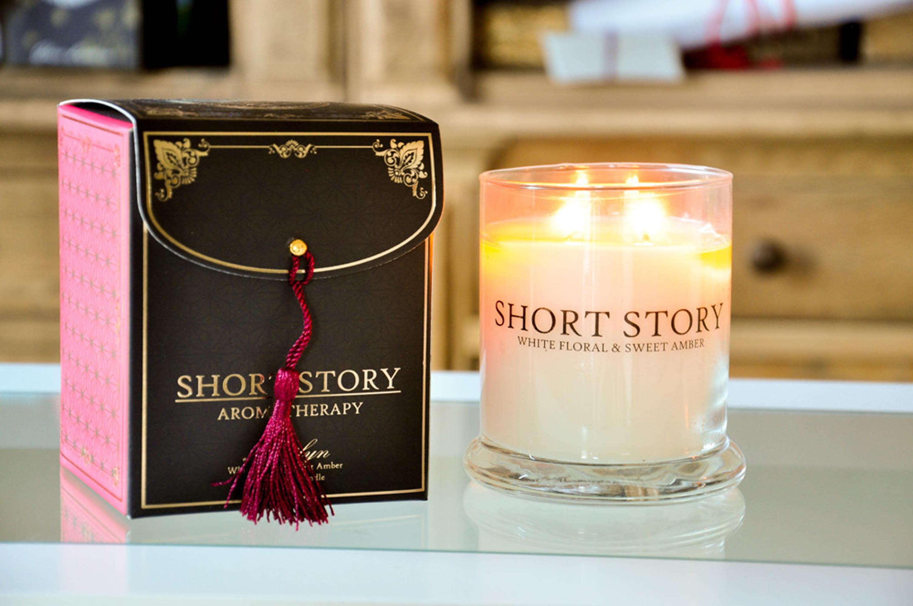 Soy Wax Large Candle Marilyn - White Floral and Sweet Amber