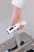 Luggage Checker - Hand Held Portable Scales in White