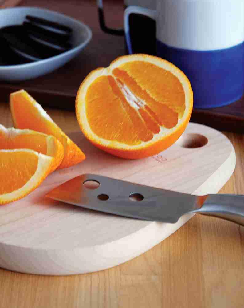 The Drop - Alder Wood Cutting Board by Hacoa