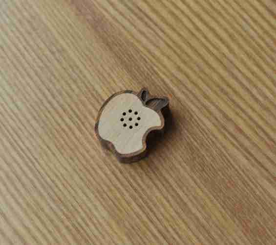 MOTZ Mini Wooden Speaker: Fruit