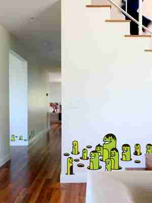 Zeptonn Popping Worms Wall Sticker / Decal in Green