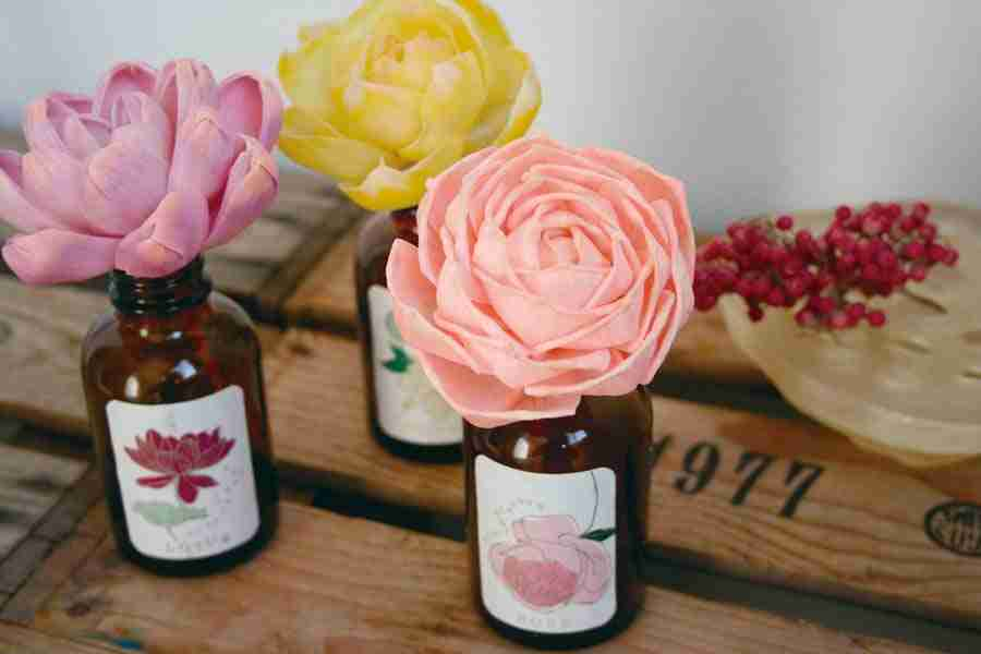 Sola Flower Fragrance Diffuser - Rose Scent by ArtLab