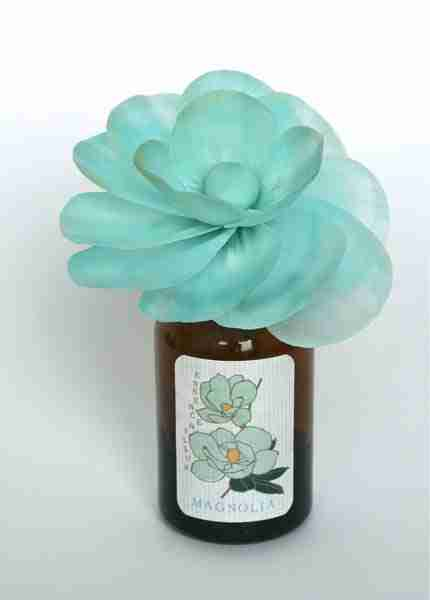 Sola Flower Fragrance Diffuser - Magnolia Scent by ArtLab
