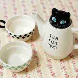 Tea for Two Black Cat (Stackable) Tea Set by Shinzi Katoh